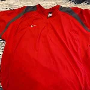 Nike Storm-Fit Red Short Sleeve Pullover